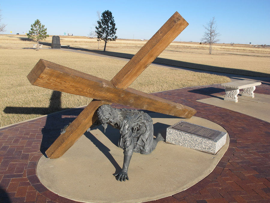 Giants on Route 66: Cross of Our Lord Jesus Christ